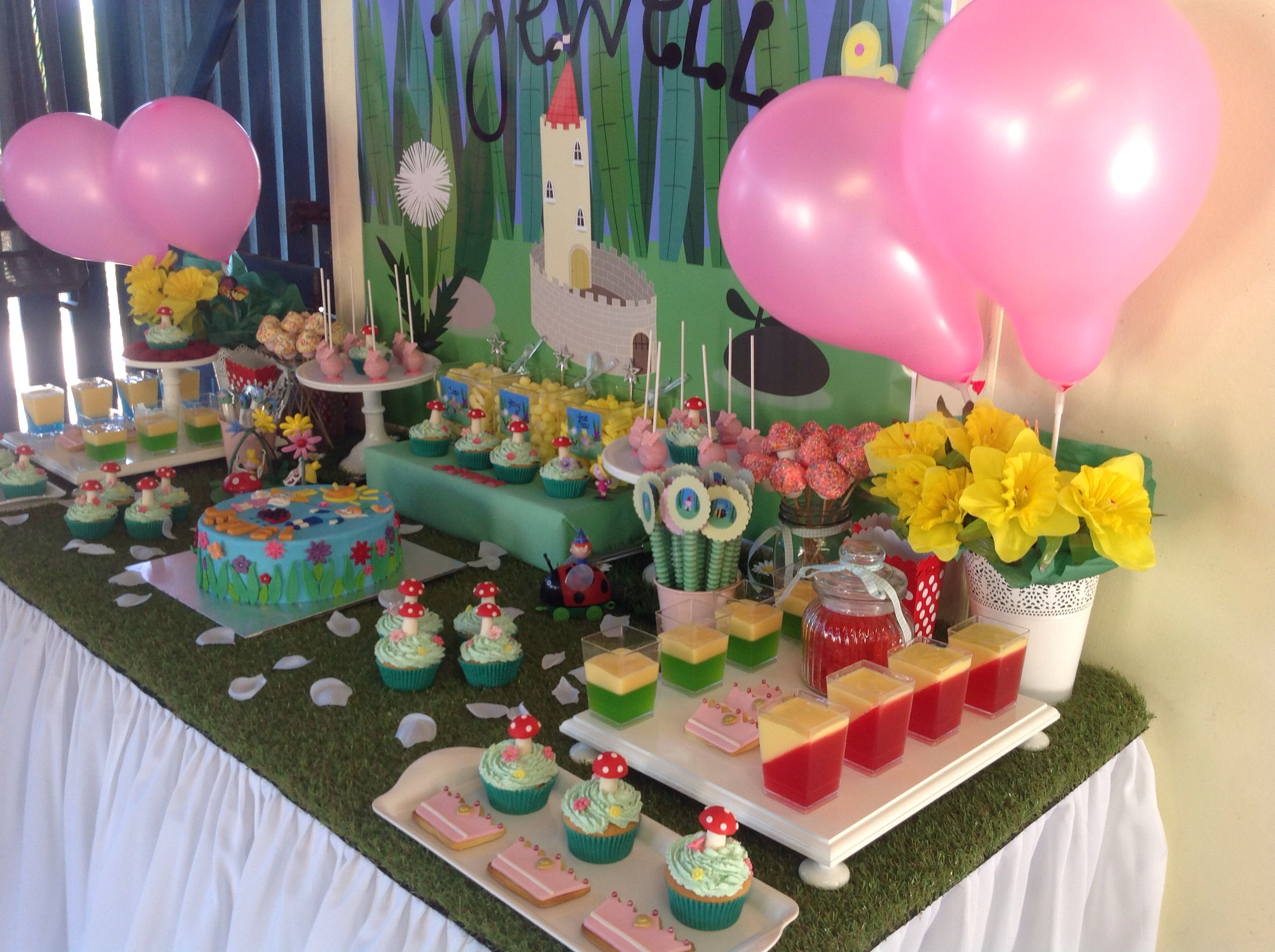 Ben And Holly Party Ben And Holly Birthday Party Ben Holly