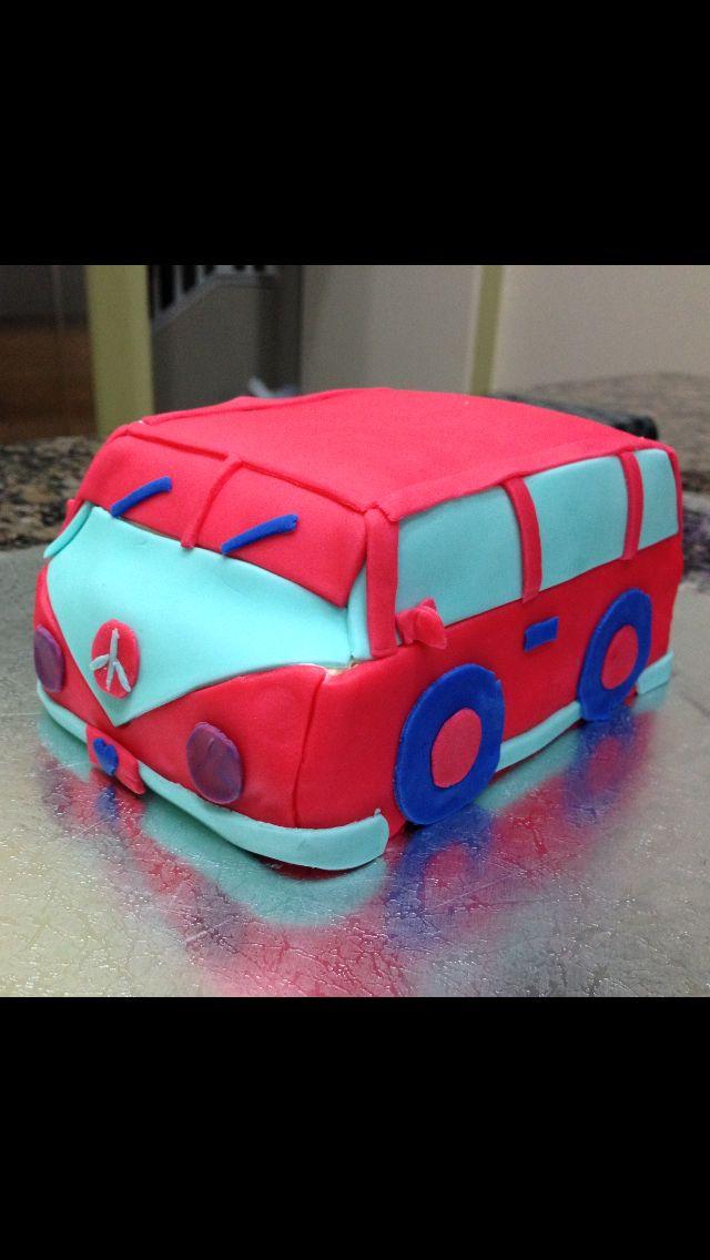 Claro's vwbus cake!