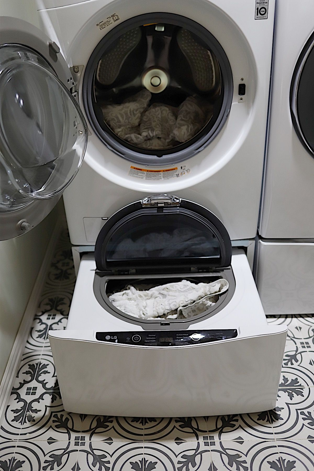 How A Washer And Dryer Can Simplify Your Life My 100 Year Old Home Washer And Dryer New Washer And Dryer Lg Washer And Dryer