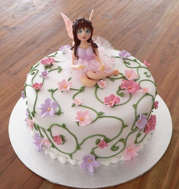 Other Than The Hooker Looking Fairy, This Cake Is Gorgeous