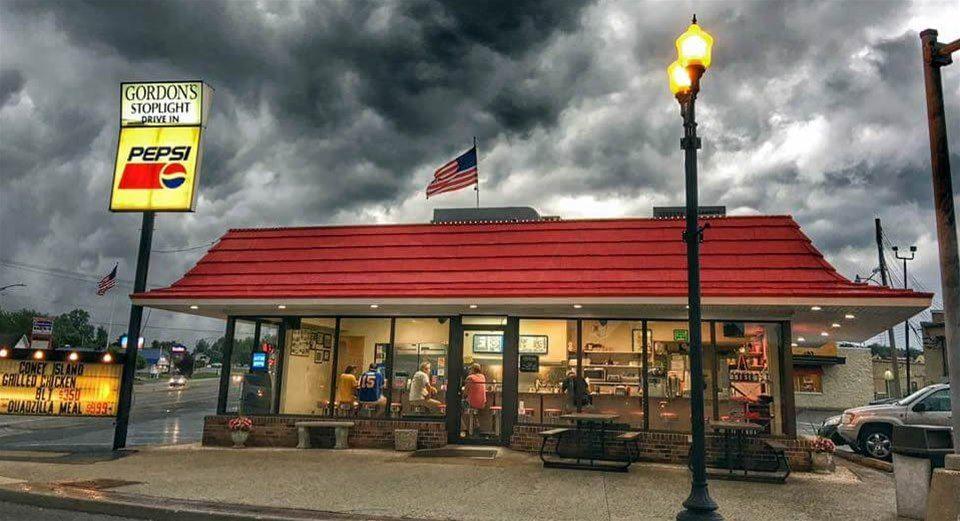 Gordon S Stop Light Drive In Best Hamburger In St Louis Best