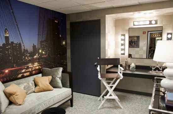 Before and after the view 39 s backstage makeover for Celebrity dressing room mirror