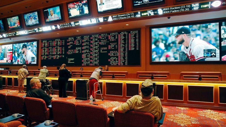 Sports betting rules OK'd for Mississippi casinos Sports