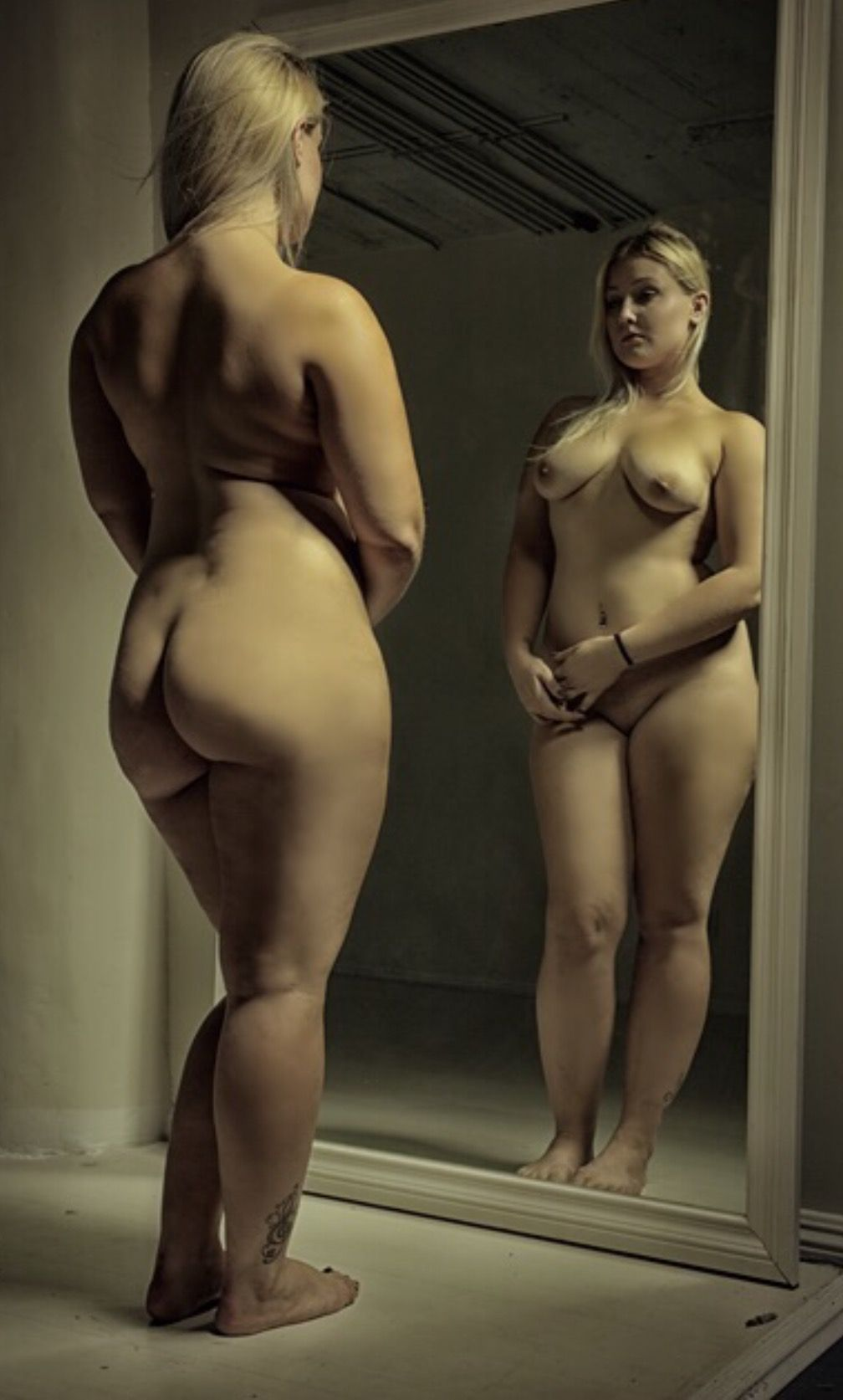 Plump nude pictures