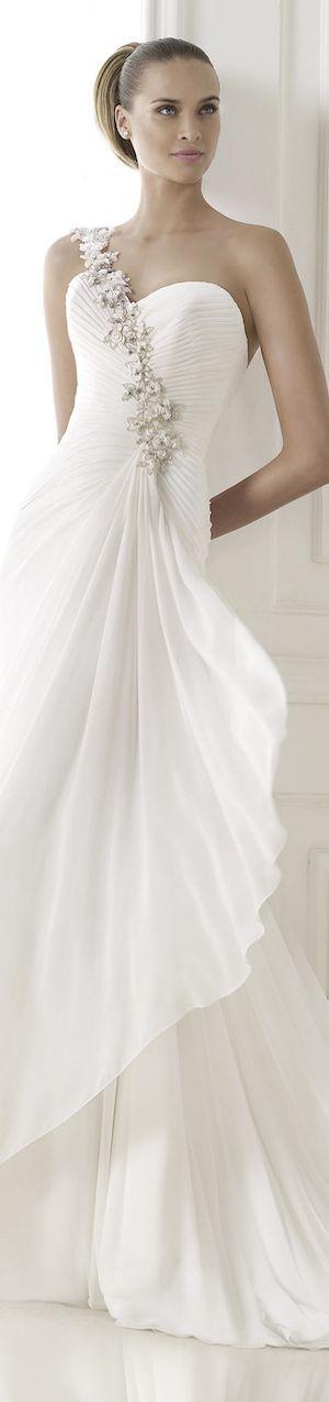 Luxury and bridal fashion - pretty bride in elegant white wedding ...