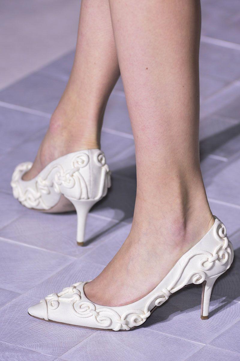 El regreso del tacón bajo | Zapatos tacon bajo, Tacones bajos y Ya ...