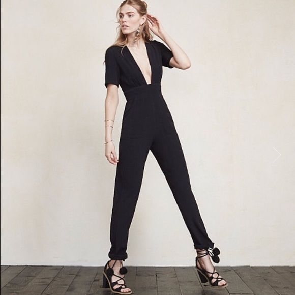 Reformation dean jumpsuit Perfect condition. worn once. Gorgeous. Love the pockets! Reformation Pants Jumpsuits & Rompers