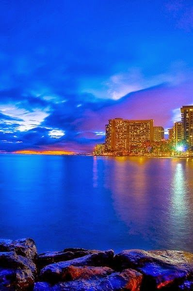 Places To Visit - Honolulu - City in Hawai