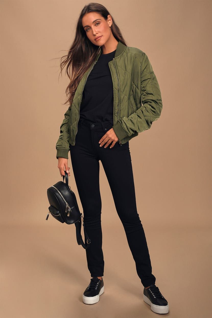 Ti1618884546tl89ae0fe22c47d374bc9350ef99e01685 In 2021 Bomber Jacket Outfit Womens Bomber Jacket Outfit Quilted Jacket Outfit [ 1245 x 830 Pixel ]