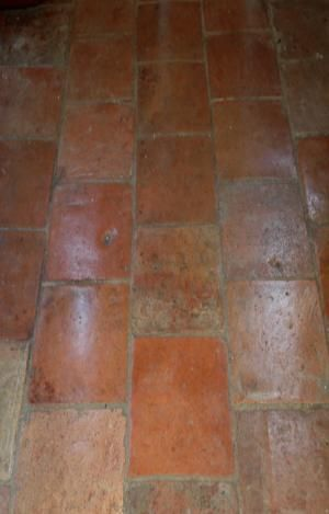AncientFloors.com   Terra Cotta Tiles from Italy, France and Spain.