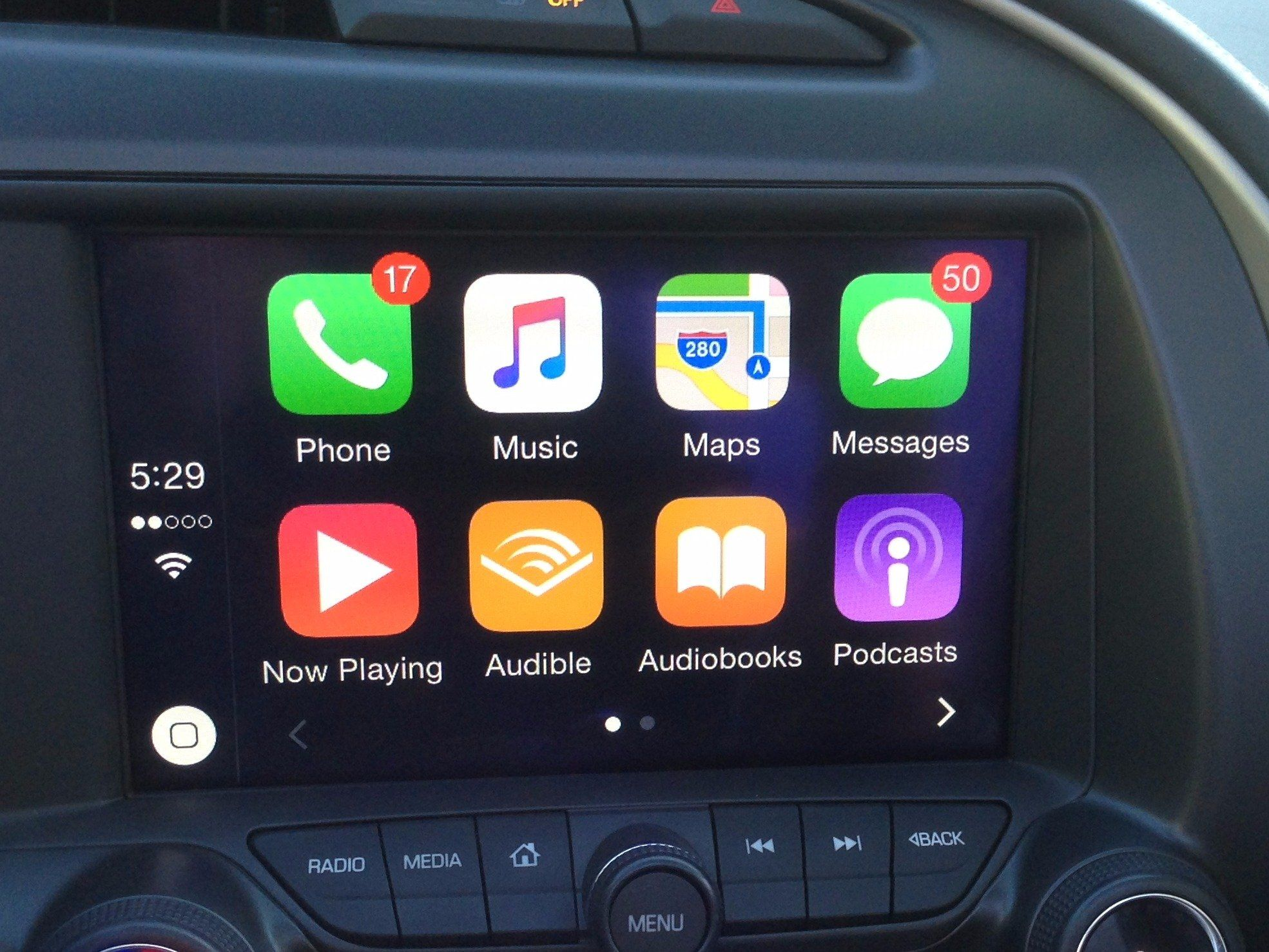 Apple Carplay Could Completely Disrupt The Auto Industry In One