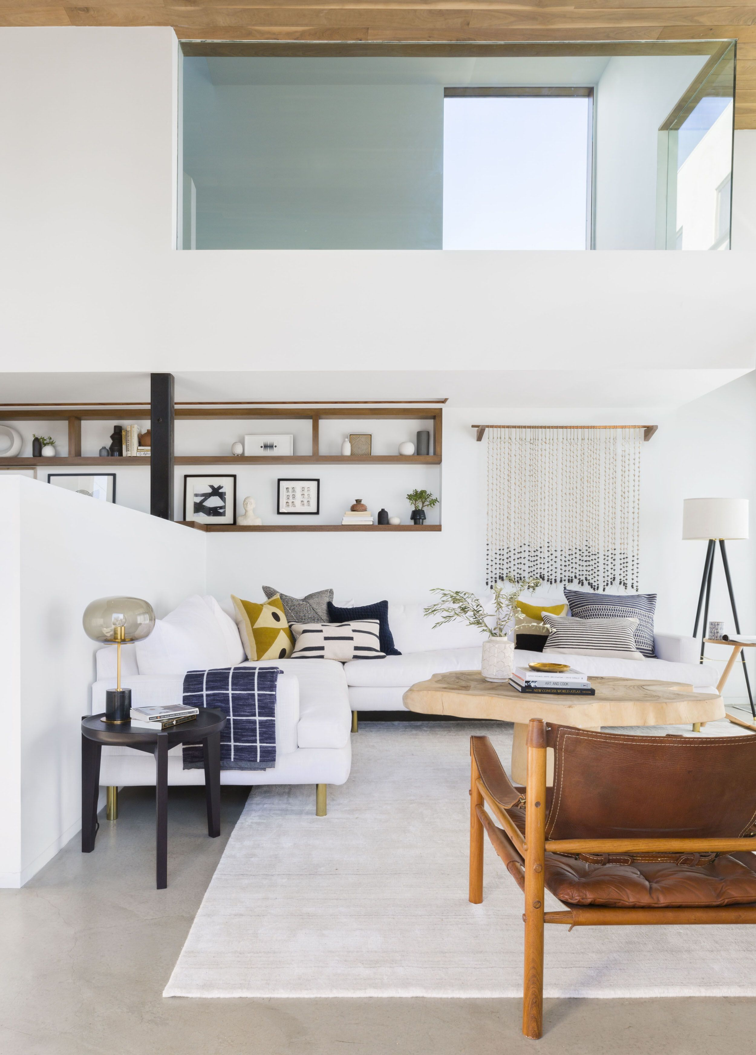 A Modern and Organic Living Room Makeover | Organic living, Living ...