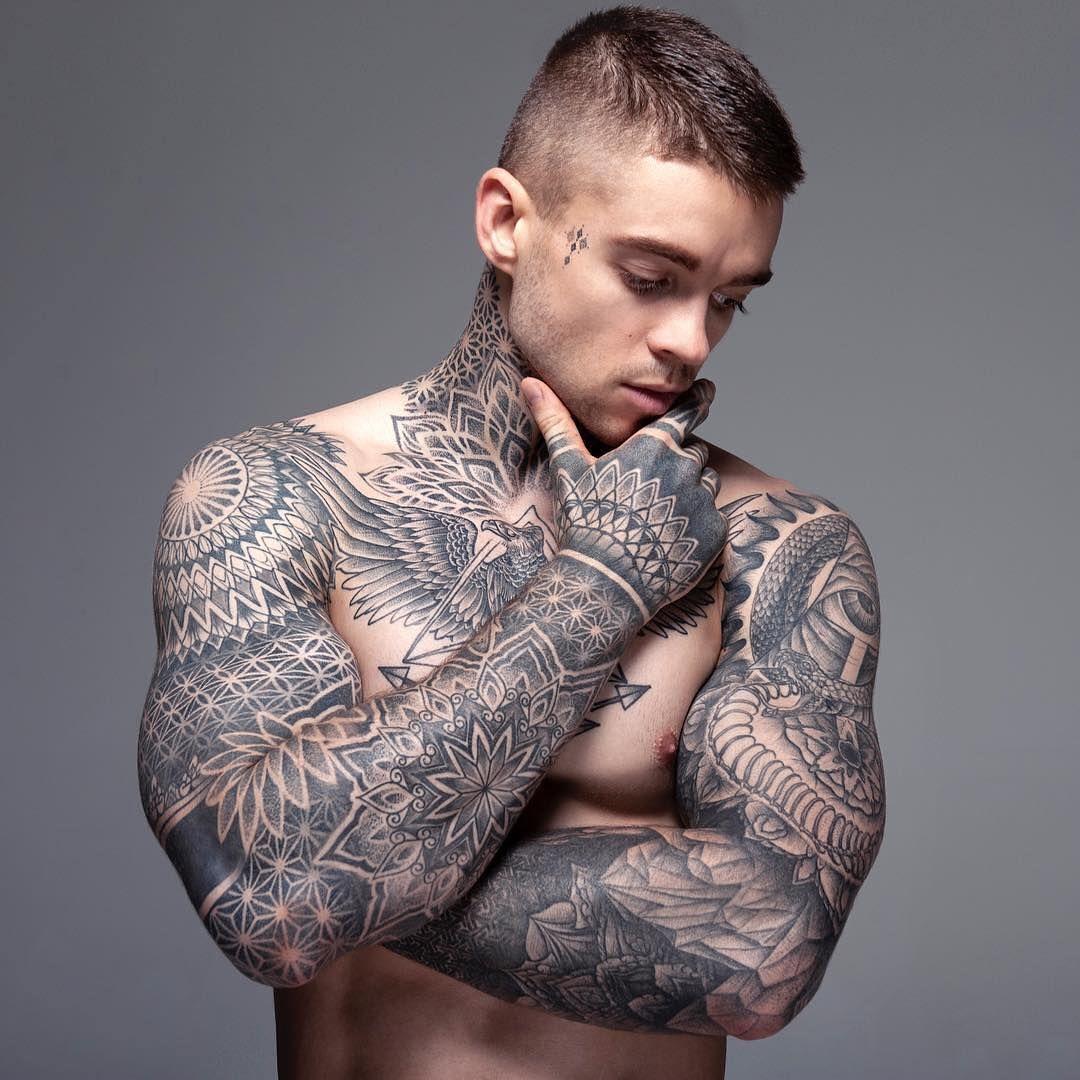 Model Stephen James Stephen James Model Neck Tattoo