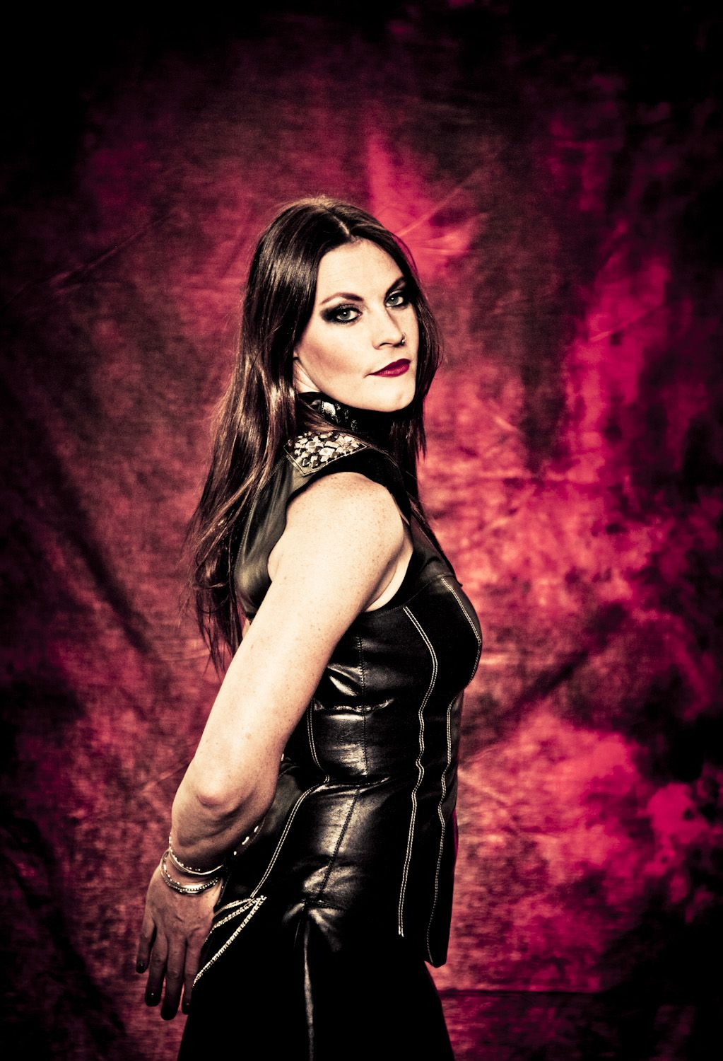 Floor Jansen One Of The Greatest Voices Out There Heavy Metal Girl Metal Girl Ladies Of Metal