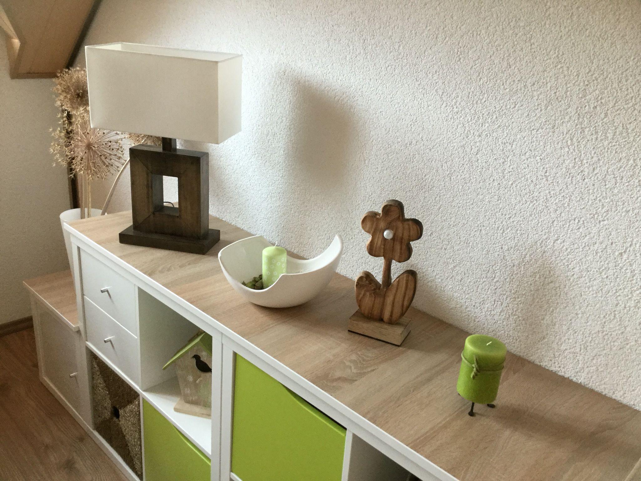 Ikea kallax und dann einfach eine angefertigte holzplatte auflegen einrichtung pinterest - Kallax ideen wohnzimmer ...