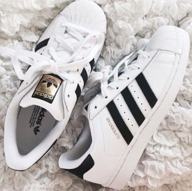 online retailer b7917 63666 Adidas Superstar