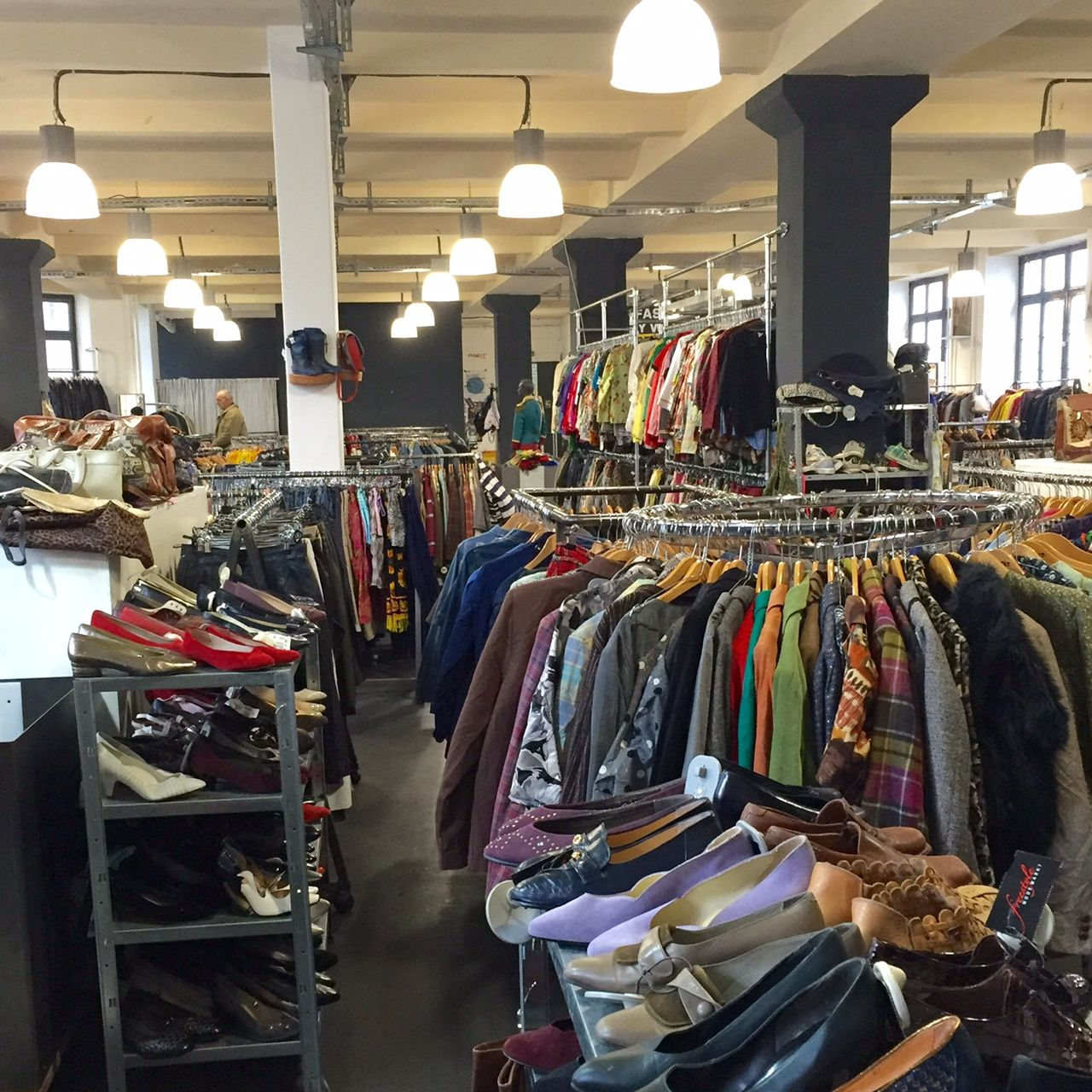 Küche Second Hand Berlin Colours Vintage Store In Kreuzberg It 39s Been Just Over A