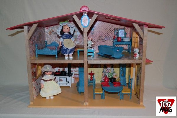 jouet cuisine poupee bleue et rose annees 80