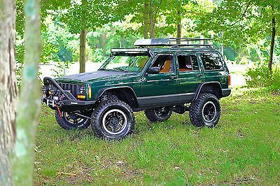 Jeep Cherokee Watch 4k Video Of Jeep Jeep Cherokee Sport Jeep