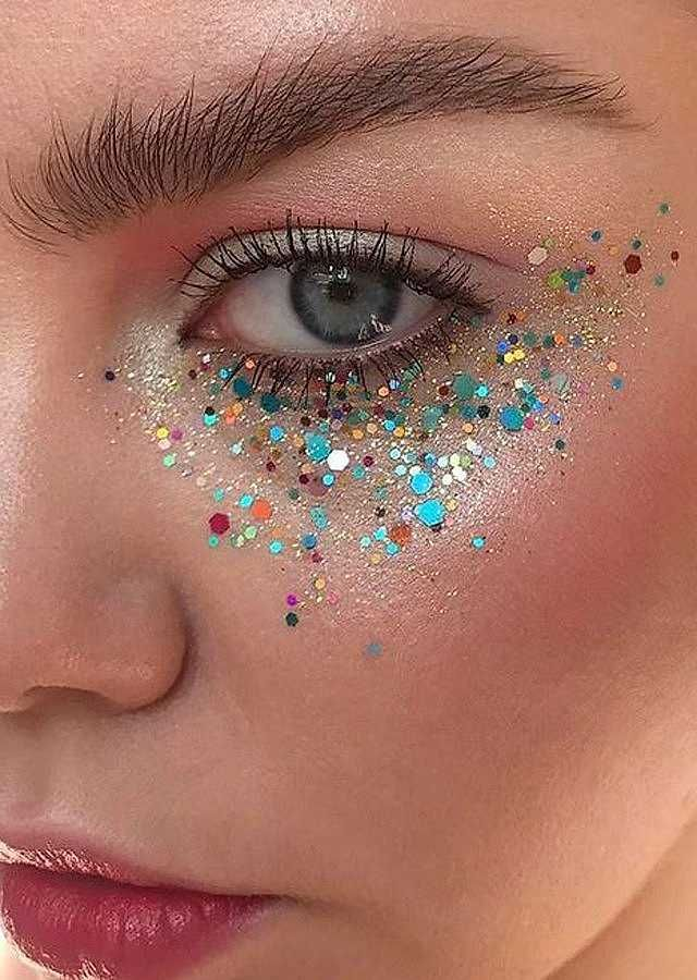 5 Non-Offensive Festival Make-Up Ideas