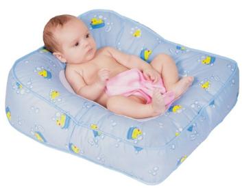 7: Leachco Flipper 2- way Baby Bather