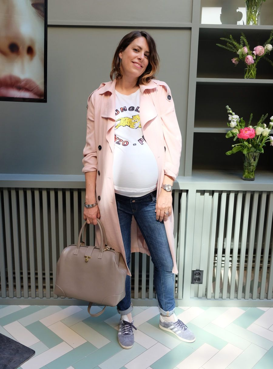 848b5ee4e02 Nina Campioni week 38 pregnant wearing shoes from Adidas Gazelle, maternity  pants from H&M,