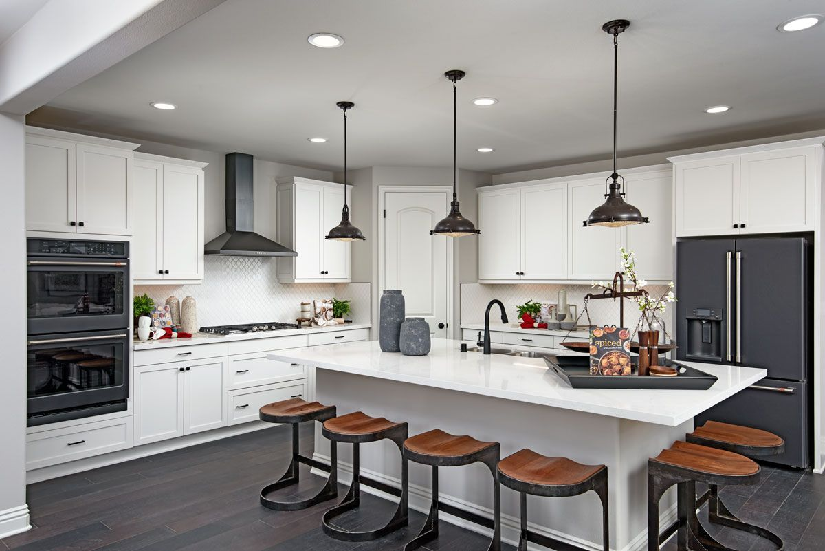 Slate Appliances Plentiful Cabinetry In 2020 Slate Appliances Richmond American Homes Home Kitchens