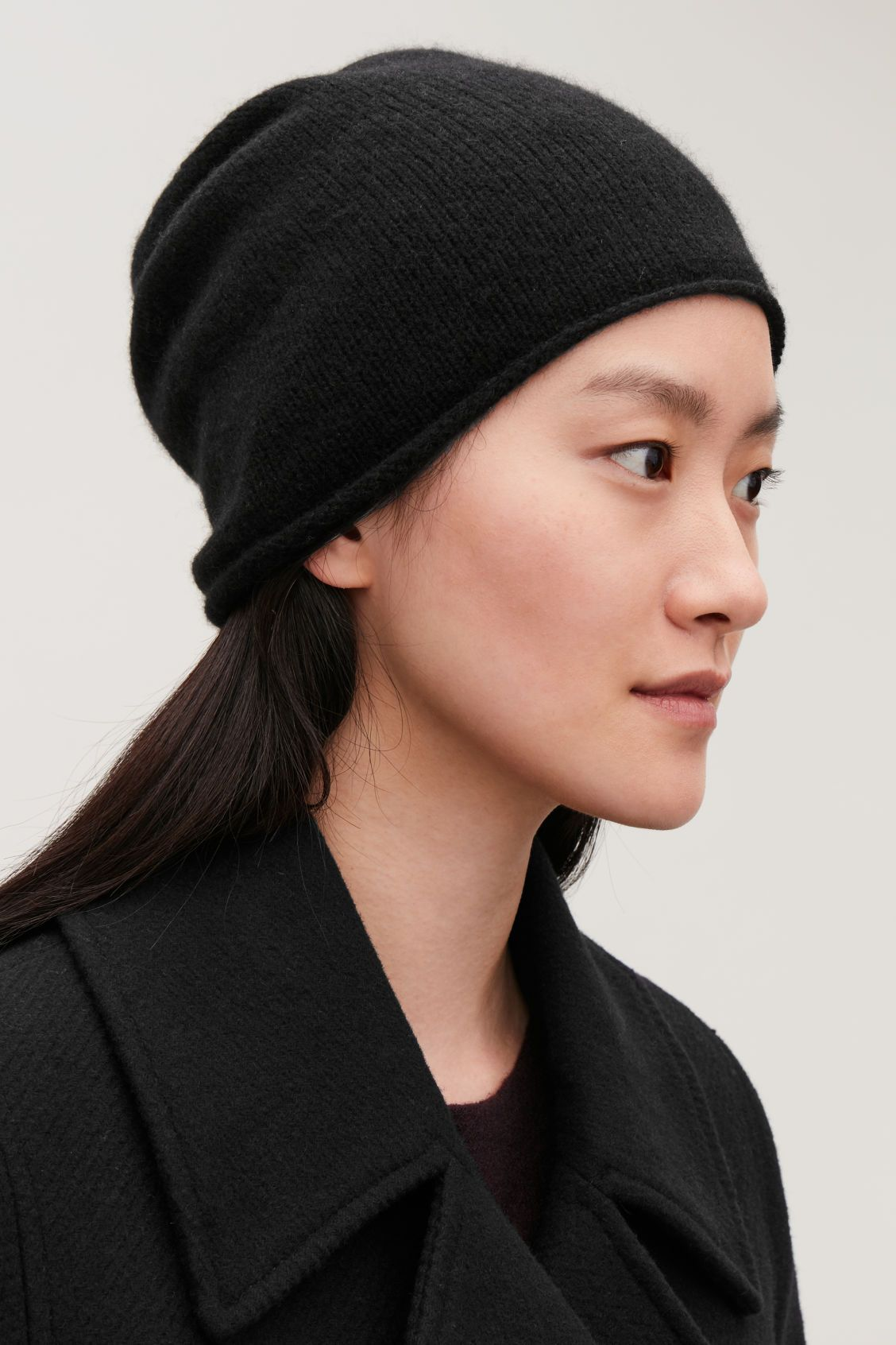CASHMERE HAT Black Hats, Scarves & Gloves COS in