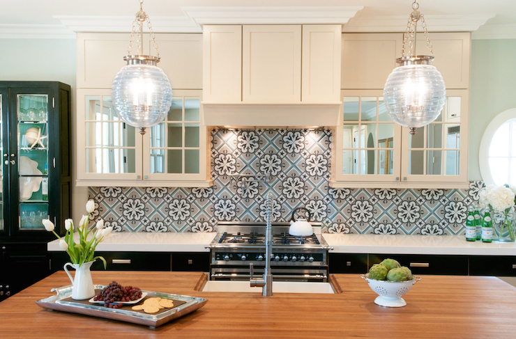 The Key Characteristics Of A Moroccan Style Kitchen Moroccan Kitchen Interior Design Kitchen Kitchen Styling
