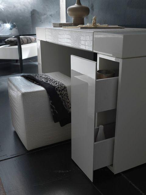 Pin By Cristina Cutajar On Bedroom Ideas Bedroom Vanity Set