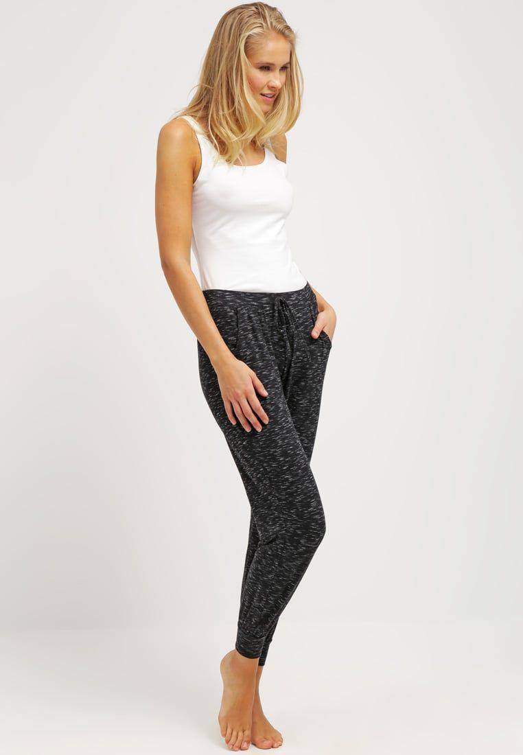 ¡Consigue este tipo de pantalón de pijama de Hunkemöller ahora! Haz clic  para ver 60f3e7f98b226