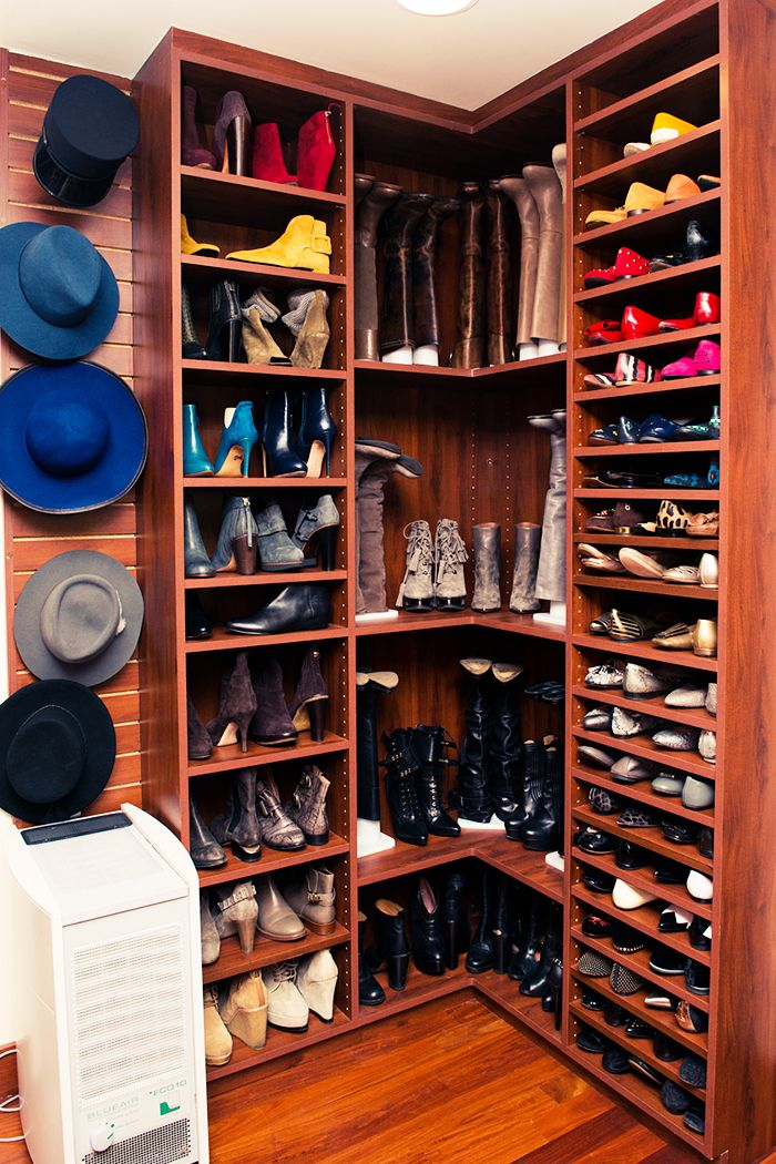 The Best Celebrity Closets on The Coveteur Zapateras, Armario y