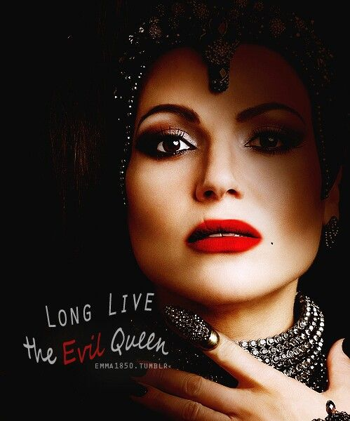 The evil queen is back! Love it!  #OUAT #OUATSeason6