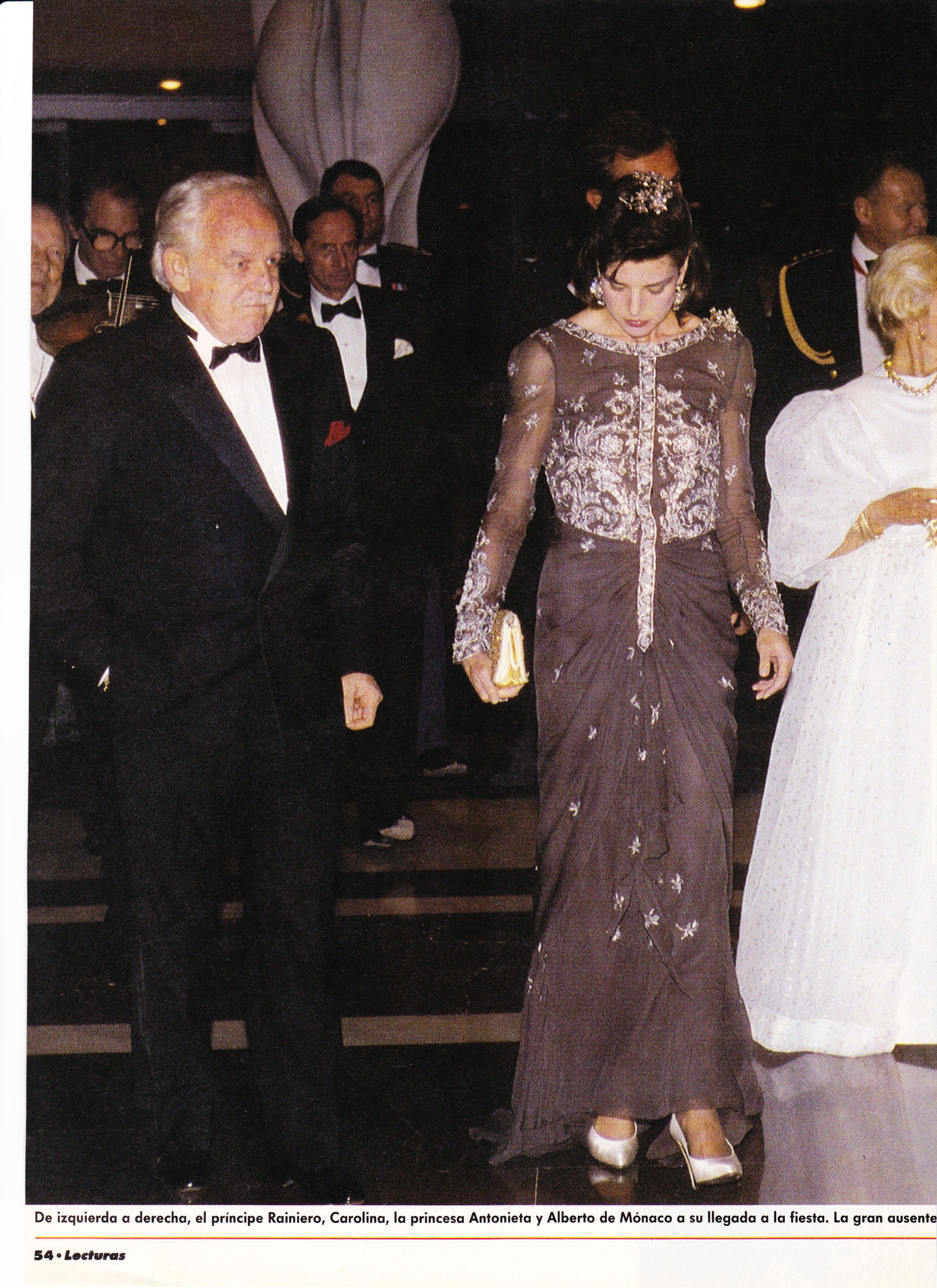 Princess Caroline of Monaco at the Rose Ball- Lecturas-March 24,1990.page 3