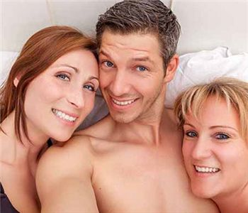 Find a threesome online