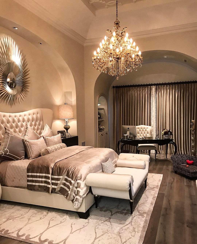 Pin di Megan Sebastian su Room dreams | Pinterest | Lussuose camere ...