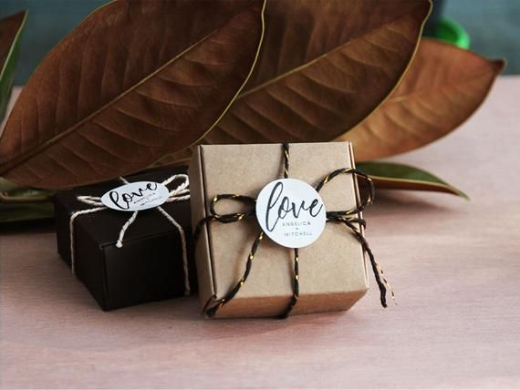 Square gift box personalized wedding bonbonniere | Party Favour | Small Brown Gift Boxes | Personalised Label Sticker | Soap Box | Candy box #personalizedweddingfavors