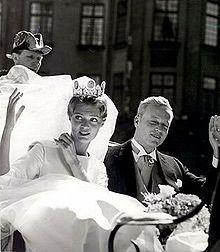 Princess Desiree of Sweden wedding in 1964 | koninklijke