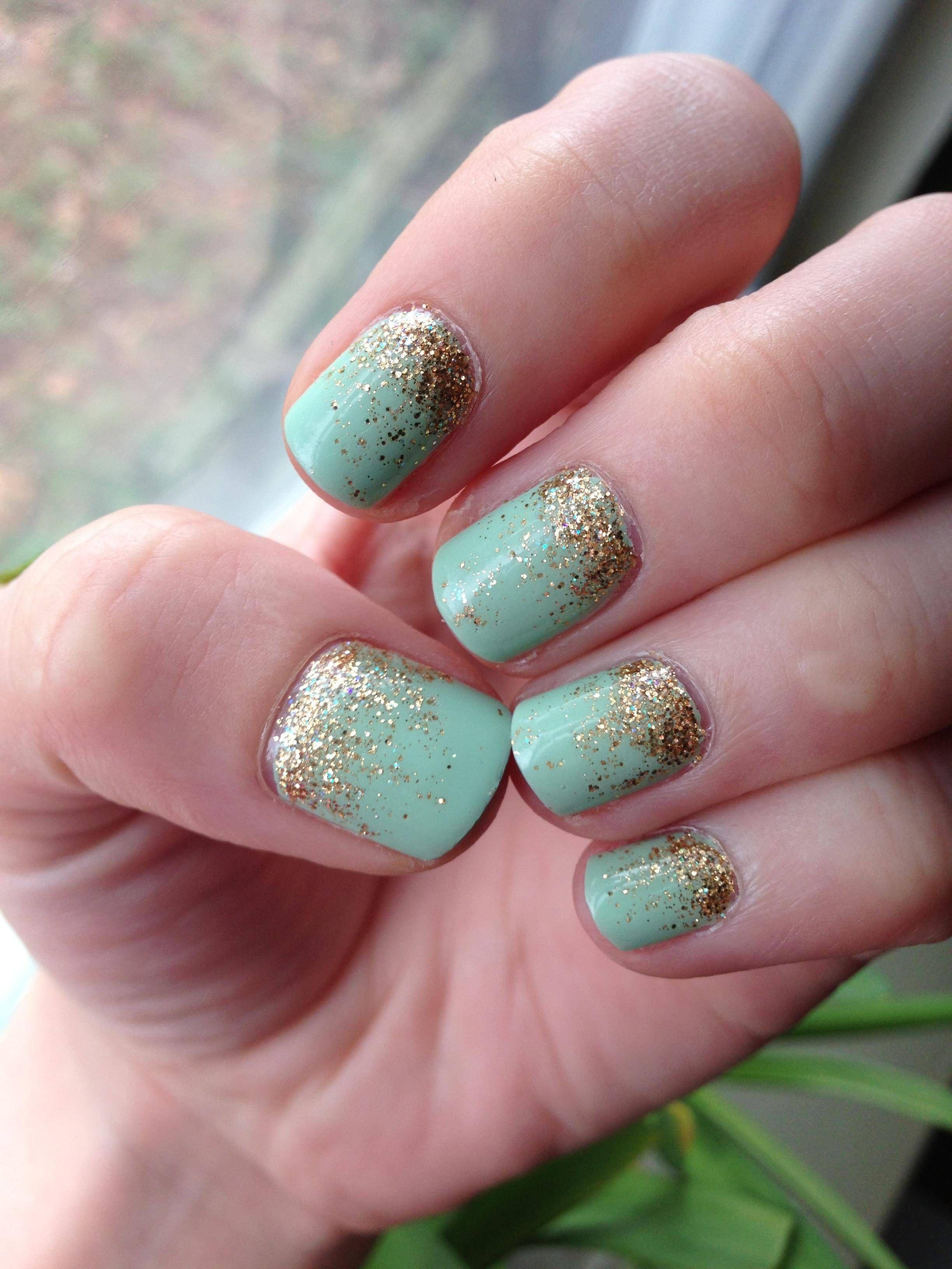 mint & gold glitter gradient.. i feel like princess jasmine