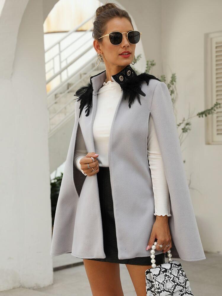 Chaqueta capa tweed con pluma en contraste Mode de Mujer