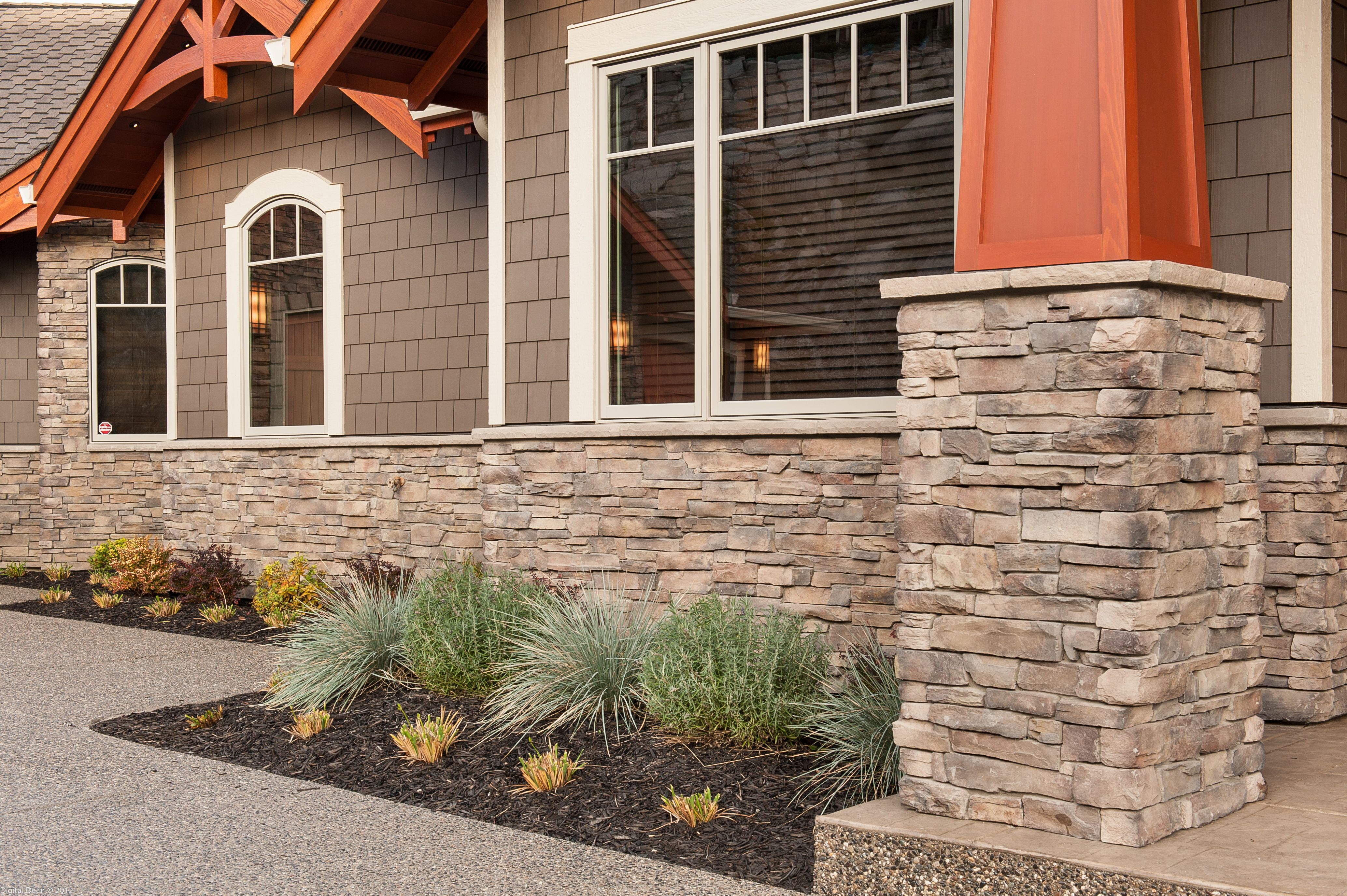 Our cape cod uintah ledgestone turned out great with this for Craftsman stone