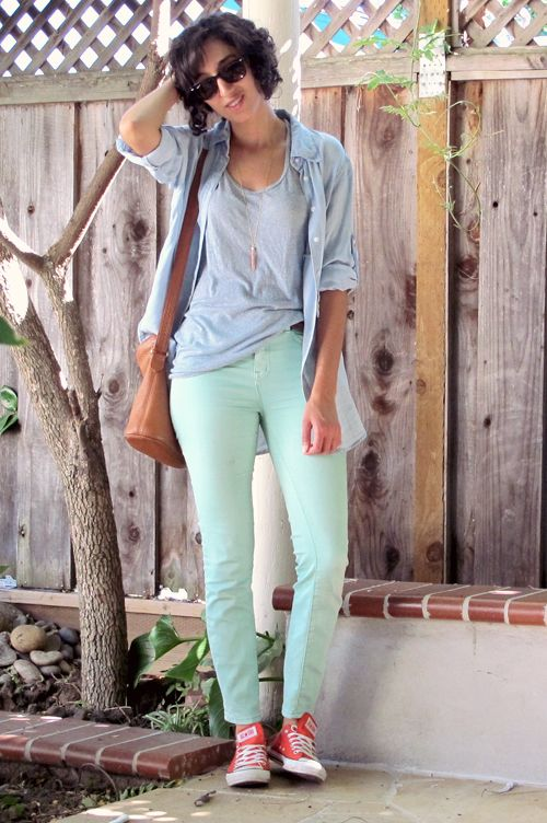 86becdf84579f0 Footwear that Goes Well with your Mint Green Jeans