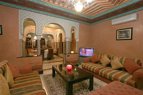 DECORATION ORIENTALE Salon marocain, Salons and Moroccan