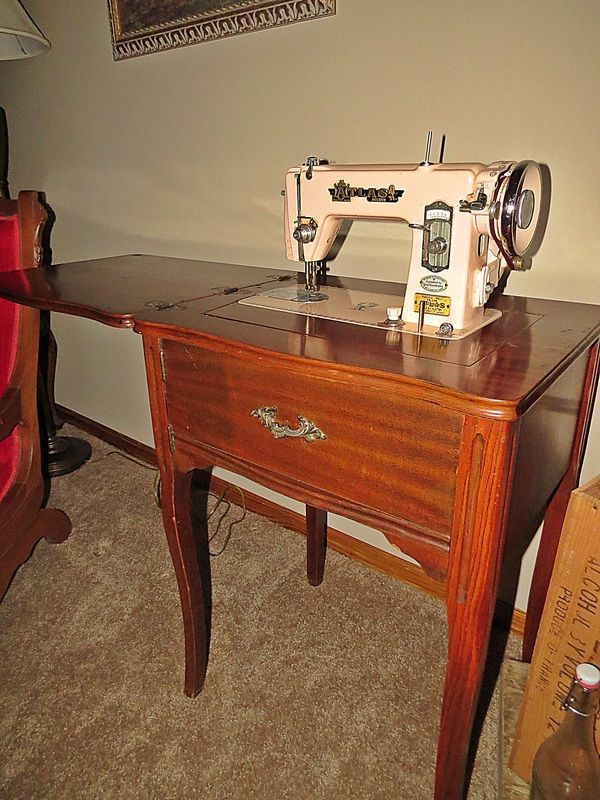 Dusty Old Thing Antiques Old Things Vintage Sewing Machines