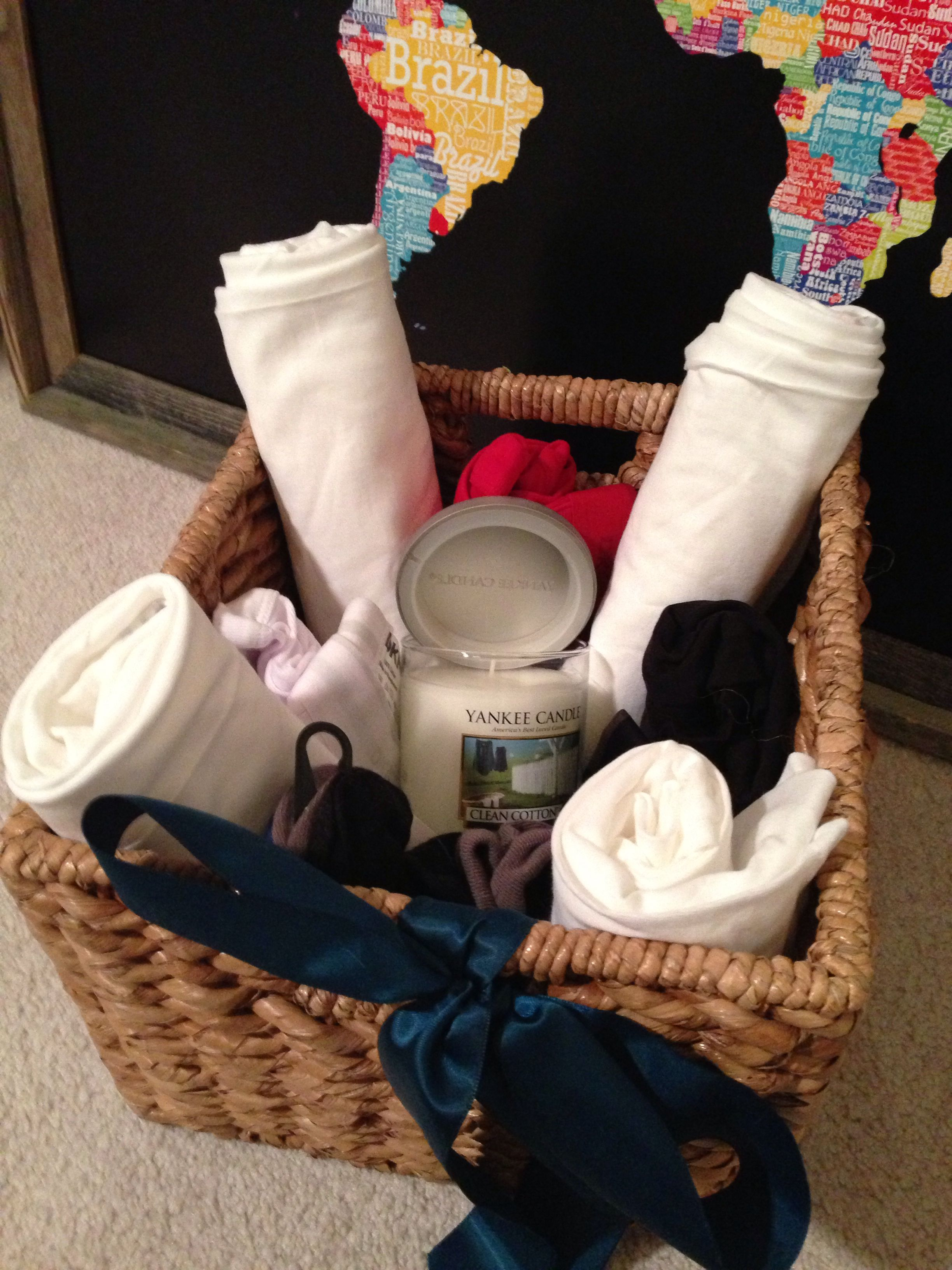 Cotton Gifts For 2nd Wedding Anniversary: 2nd Wedding Anniversary Gift Idea - Cotton Basket.