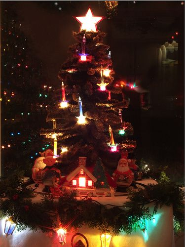vintage christmas bubble light tree