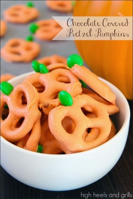 30 Delicious Halloween Party Food Ideas for Your Big Bash - pinterest halloween food ideas