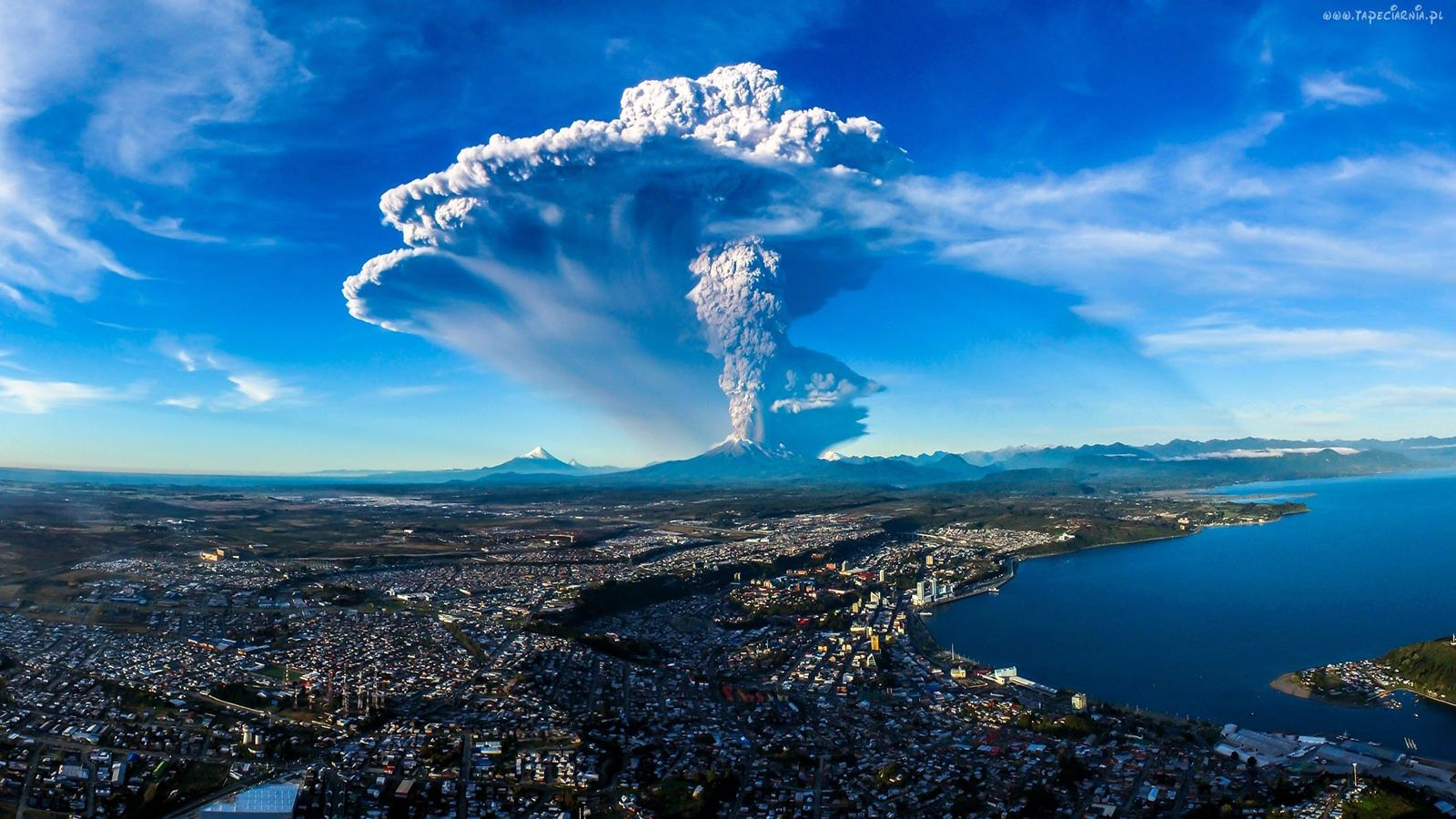 Volcanic Eruption Calbuco Volcano In Chile 1600x900 Hd Nature Wallpapers 4k Wallpapers For Pc Background Hd Wallpaper