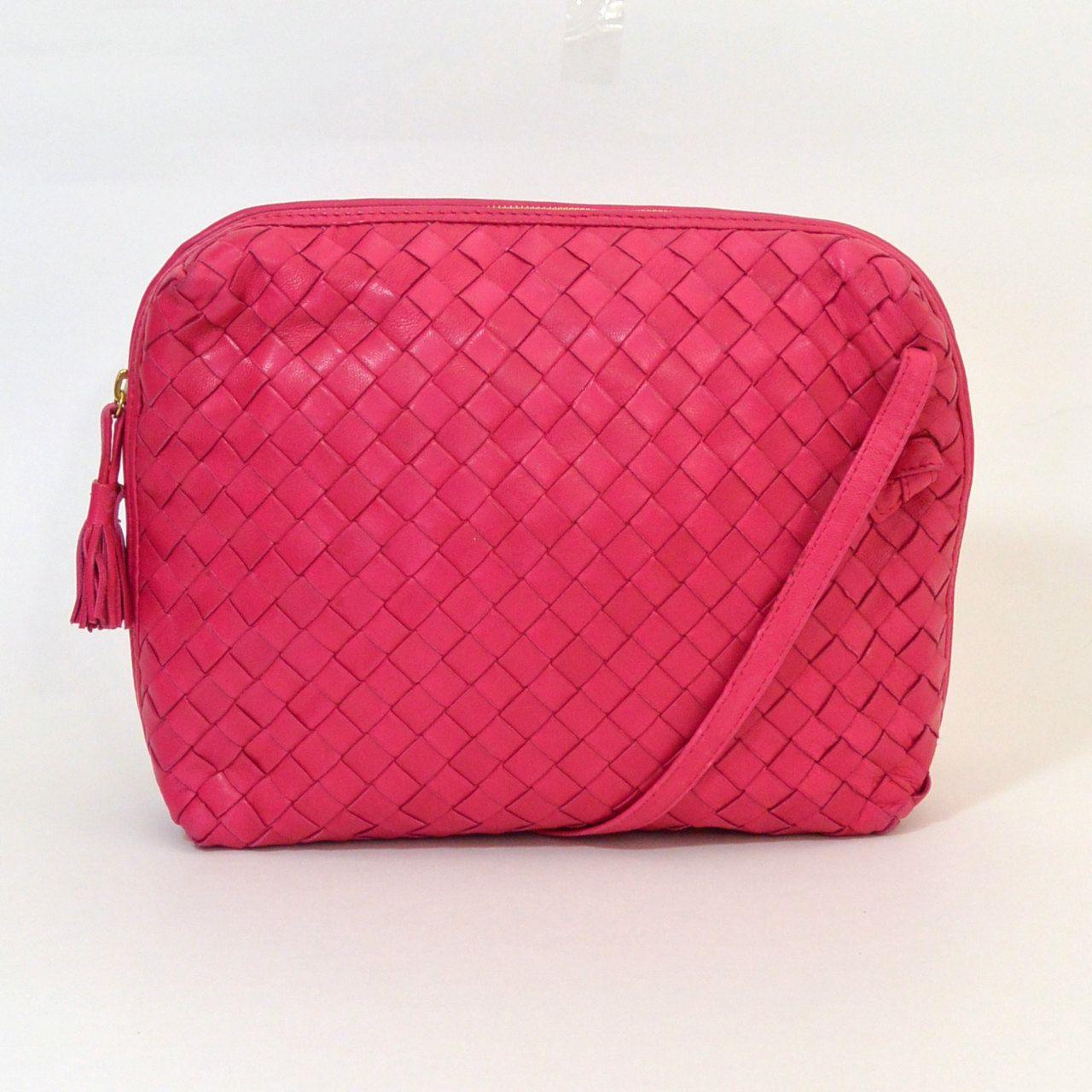 Vintage 1980s 1990s Bottega Veneta Intrecciato Nappa Messenger Pillow Bag Shoulder Purse Cross Body Woven Leather Pink