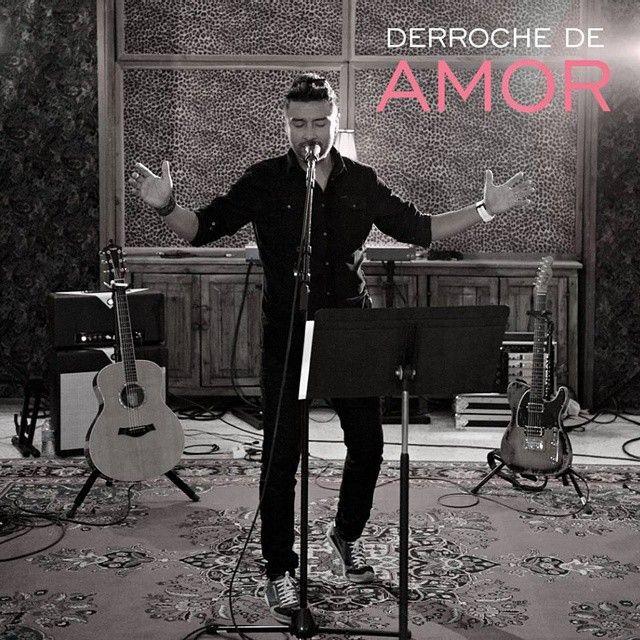 """52.ALEX CAMPOS.Hoy sábado toca música en español, y como ha aparecido el último sencillo de Alex Campos y me ha encantado pues no hay más que hablar. Se titula """"Derroche de amor"""" - See more at: http://lamiamusica-angelo.blogspot.com.es/2015/06/derroche-de-amor-alex-campos.html"""
